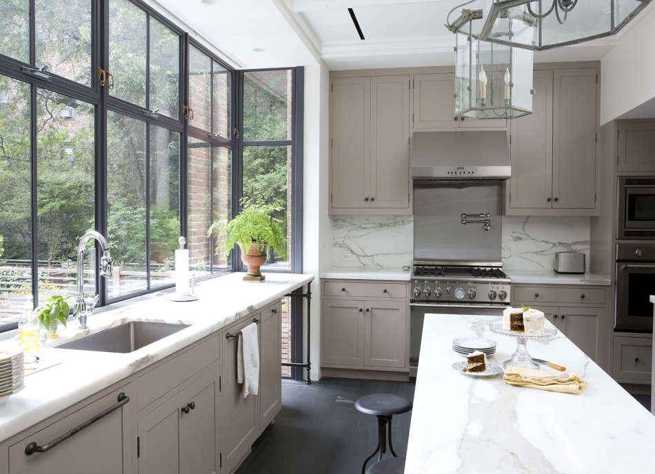 BROOKLYN HEIGHTS ROWHOUSE. Kitchen South
